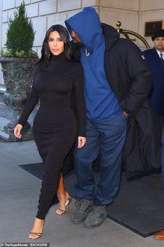 Kim Kardashian in bodycon dress and Kanye West can't keep hands off Kim Kardashian Kanye West, Kim And Kanye, Kim Kardashian And Kanye, Kardashian Style, Kardashian Jenner, Kardashian Kollection, Kanye West Outfits, Mode Outfits, Fashion Outfits