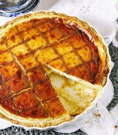 Melktert: Gebak of gestol, albei is in die kol! | Maroela Media Baking Recipes, Dessert Recipes, Desserts, Milktart Recipe, Melktert, South African Recipes, Sweet Tarts, Food To Make, Bakery