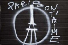 Attentats à Paris : les hommages aux victimes en France et dans le monde - Rue de Charonne, à Paris - Femina.fr
