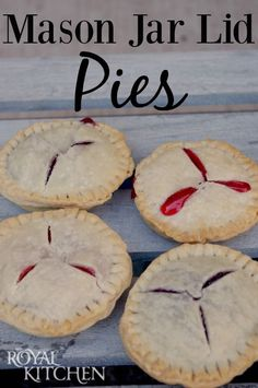 Mason Jar Lid Pies - so easy and delicious!