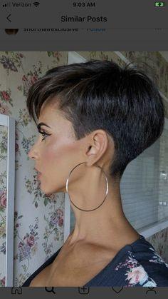 Funky Short Hair, Super Short Hair, Short Grey Hair, Short Hair With Layers, Short Hair Cuts For Women, Edgy Short Haircuts, Short Hairstyles For Thick Hair, Haircuts For Fine Hair, Short Hair Styles