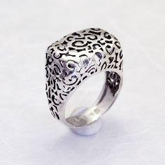 Sterling Silver Filigree Ring   Handmade Sterling por toolisjewelry, $75,00