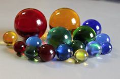 Barevné koule Glass Ball, Crystal Ball, Balls, Crystals, Image, Colorful, Kitchen, Cooking, Kitchens
