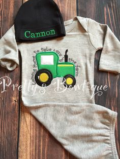 Newborn baby Boy gown and Hat Set Personalized with Name Coming Home Farm Ba - Cohen Baby Name - Ideas of Cohen Baby Name - Newborn baby Boy gown and Hat Set Personalized with Name Coming Home Farm Baby Outfit Farm outfit by PrettysBowtique on Etsy (null) Farm Clothes, Baby Kids Clothes, Cute Baby Boy, Baby Love, Baby Boy Gowns, Baby Boy Christmas Outfit, Baby Boy Haircuts, Take Home Outfit, Baby Vest