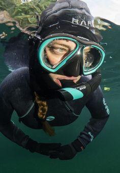 Scuba Diving Magazine, Technical Diving, Outdoor Sporting Goods, Snorkel Mask, Scuba Girl, Snorkelling, Snowboarding, Wetsuit, Mont Blanc