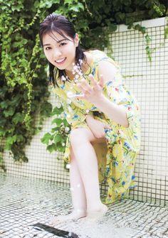 Cute Asian Girls, Cute Girls, Barefoot Girls, Japanese Models, Pop Singers, Pose Reference, Asian Beauty, Idol, Tumblr
