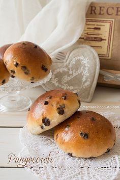 """Ricordo che quando andavo a scuola, la merenda era costituita da un panino fatto con pane """"vero"""" fresco. Il fornaio arrivava..."""