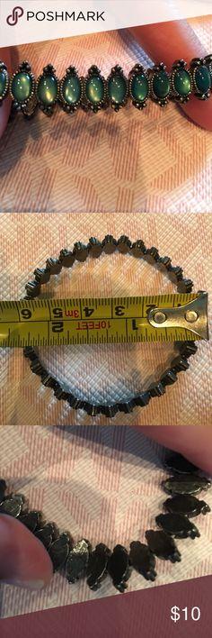 Green jeweled stretch bracelet Green jeweled stretch bracelet Jewelry Bracelets