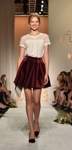 The beautiful pieces in this women's LC Lauren Conrad Runway look create youthful elegance that's sure to turn heads.