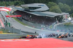 Max Verstappen helaas er af getikt in bocht 1. Formule 1 GP 2017 op de Red Bull Ring in Spielberg Oostenrijk
