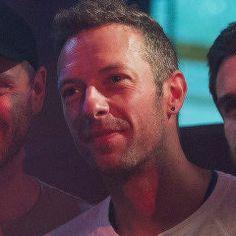 Chris <3 Coldplay Lyrics, Chris Martin Coldplay, Jonny Buckland, Face The Music, Beautiful Soul, Cool Bands, My Hero, Champion, Addiction