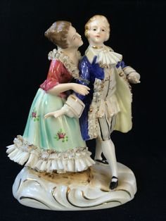 antique porcelain. German Couple Lovers . Dresden style #dresden #unknownDresdenstyle