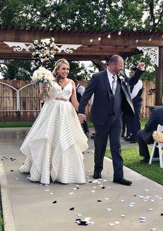 Hayley Paige Decklyn Dress Hayley Paige, Wedding 2017, Bridesmaid Dresses, Wedding Dresses, Fashion, Bridesmade Dresses, Bride Dresses, Moda, Bridal Wedding Dresses