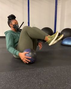 Ab Core Workout, Gym Workout Videos, Fun Workouts, At Home Workouts, Fitness Workout For Women, Fitness Goals, Yoga Fitness, Target Fitness, Russian Twist