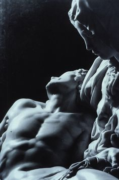 Pieta. View: Detail, faces and torsos.