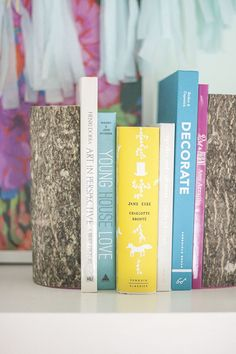 eHow-DIY-Log-Bookends