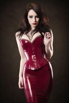 Red latex corset & skirt