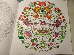 Fasters korthus: Colouring book