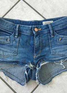 Kaufe meinen Artikel bei #Kleiderkreisel http://www.kleiderkreisel.de/damenmode/jeans-shorts/150565558-kurze-jeansshortsjeans-shorts