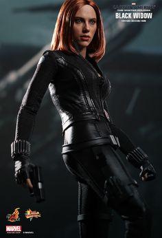 [HOT TOYS] Capitão América: O Soldado Invernal – Figura em escala 1:6 da bela Viúva Negra