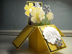 Card in a box: Daffodil Delight, Flower Shop. Petite Petals, Secret Garden Dies, Perfectly Penned, Scalloped Circle.