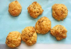 Gluten Free Red Lobster's Cheddar Bay Biscuits Copycat