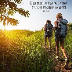 Et vous avec qui aimez-vous voyager ? #voyage #trip #travel #aventure #citation #ami #famille #couple Hotels-live.com via https://www.instagram.com/p/BF3JIAQrw-z/ #Flickr