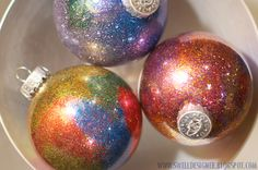 Glitter Galaxy Ornament DIY - perfect for my toddler's parent gift at Christmas