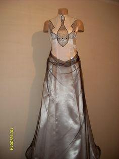 Платье вечернее из белого атласа-тафты и черной сетки от RAFINADD