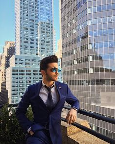Repost gianginoble11    Today's look ✌️ blue suit by @lardiniofficial #newyork #nyc #ilvolo #lardini  Thanks to @otticadascenzo and @Safilo