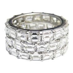 emerald cut eternity band. yes.