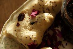 Kiedy zabraknie chleba czyli domowe pieczywo:) warkocze drożdżowe z chia