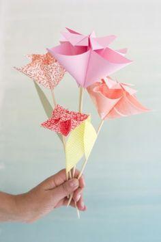 Kusudama flor de papel é facil, rápido e pode ser usado na decoração da casa ou festas.