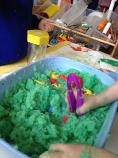 rescue dinosaurs from the swamp using tweezers #abcdoes #finemotordevelopment #finemotor #eyfs