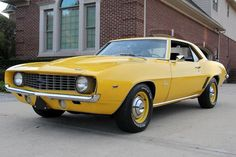 Chevrolet Camaro 1969, Classic Chevrolet, Chevy Camaro, Muscle Cars For Sale, Chevy Muscle Cars, Best Muscle Cars, Volkswagen, Toyota, Camaro For Sale