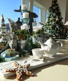 Beach Cookies & Cookie Cutters to Sweeten the Holidays & Christmas http://beachblissliving.com/beach-cookies-christmas/