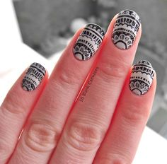 Hand painted lace nails
