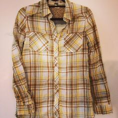 Just up for sale - #freepeople #fall #applepicking #buttondown #plaid shirt long for #leggings size #small #xsmall retails for $180  #chich #hipster #urbanoutfitters #urban #anthropology  LET ME SELL YOUR STUFF! #sellyourstuff #consignment #consignmentshop #theretailrebellion  www.theretailrebellion.com