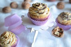 Esterházy-muffin Mini Cupcakes, Muffin, Food, Essen, Muffins, Meals, Cupcakes, Yemek, Eten