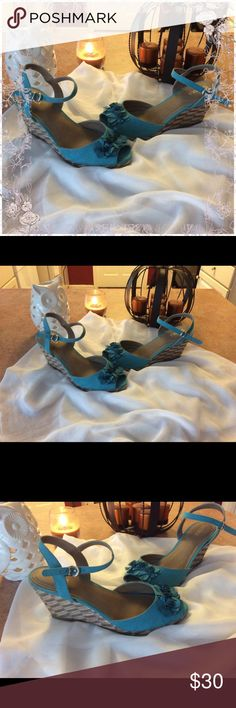 Cute floral wedges In good gently used condition- 4 inch wedge sahara Shoes Wedges