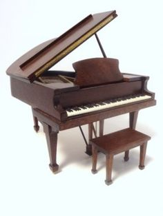 Miniature steinway baby grand piano signed ralph partelow for Small grand piano