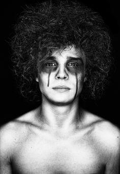 Photographer: Enrico Radloff – Photodesign Radloff Hair/Makeup: Baja Trompell Model: Paul-Philipp Braun