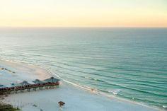 Panama City Beach on the Gulf Coast of Florida / Traveling with Sweeney