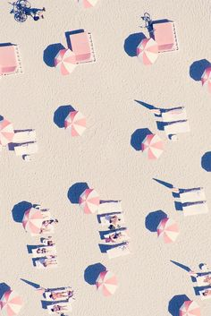 Pink Miami Beach Umbrellas  -  2014   -  Gray Malin photography   -  https://www.graymalin.com/