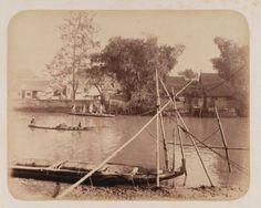 Overvaart over de Kali Mas te Soerabaja bij Pasar Peneleh 1880