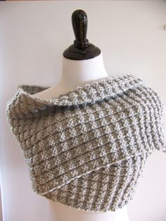knitting pattern, Chunky Grey Scarf, charcoal, four row repeat, easy knit pattern, Chunky Grey Wrap, Grey Knit Shawl, dove gray, knit, purl by SplitCedarSeasonals on Etsy https://www.etsy.com/listing/203406219/knitting-pattern-chunky-grey-scarf
