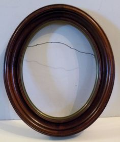 """gga-x OLD MAHOGANY WOOD OVAL PICTURE FRAME holds 8 x 10, outside 13 x 11"""" #traditional"""