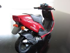≪NO.0118≫  ・ニックネーム  bond        ・メーカー名、車種、年式  Malaguti F12 1/18     ・アピールポイント  MotorcyclesのNO.0080に18/18がエントリーしています。その1/18サイズです。