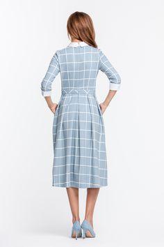 Платье голубое в белую клетку, с белым воротником и манжетами  MustHave фото 3
