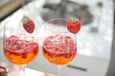 bowle-mit-erdbeeren